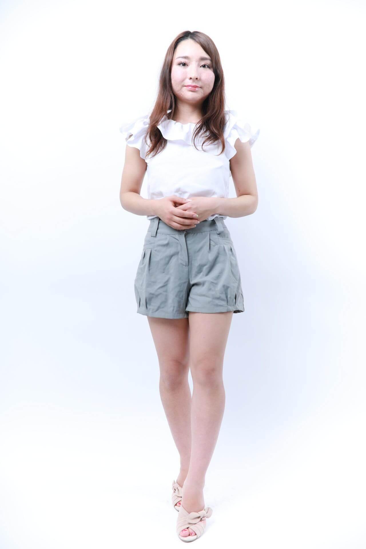 秋山 アンジェラ